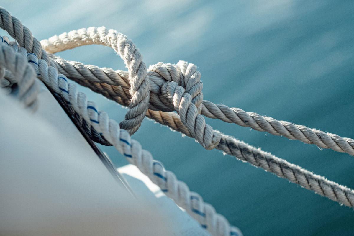 Vitorlás csomók, hajós csomók: kezdőknek és profiknak ...